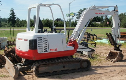 Tractor and Mini Excavator - Degolyer Enterprises - Keystone Heights - Middleburg - St. Augustine - Gainesville - Starke - Palatka - Northeast Florida - Odom Ranch Land