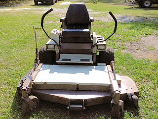 Grasshopper Mower with 61inch Mowing Deck