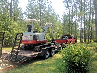 Tractor and Miniexcavator - Degolyer Enterprises - Keystone Heights, Florida - Northeast Florida